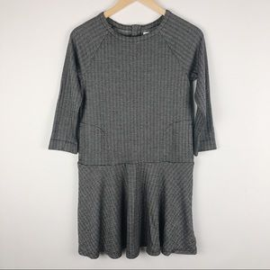 Gap Kids long sleeved black and gray dress sz XXL